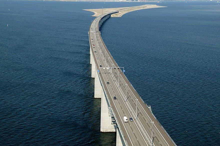 Эресуннский мост, переходящий в подводный тоннель