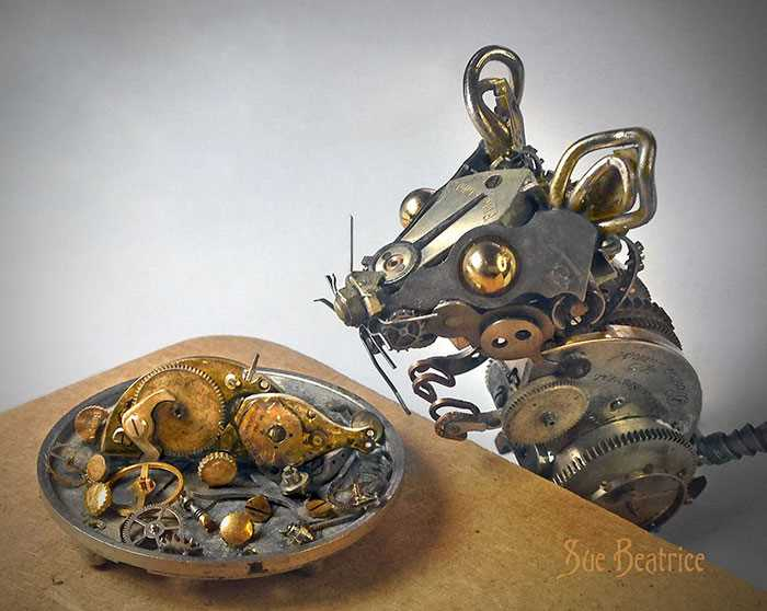 Стимпанк скульптуры из старых часов от Сьюзен Беатрис