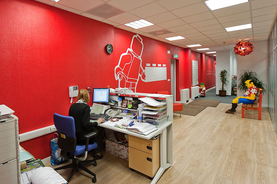Современные и креативные офисы известных компаний