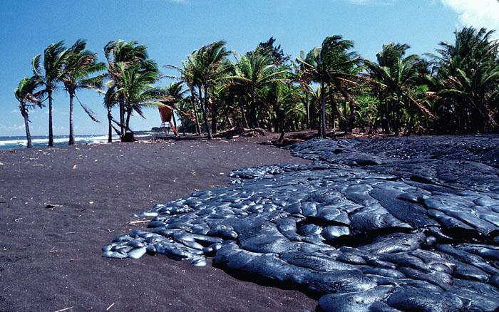 10 опасных пляжей со всего мира