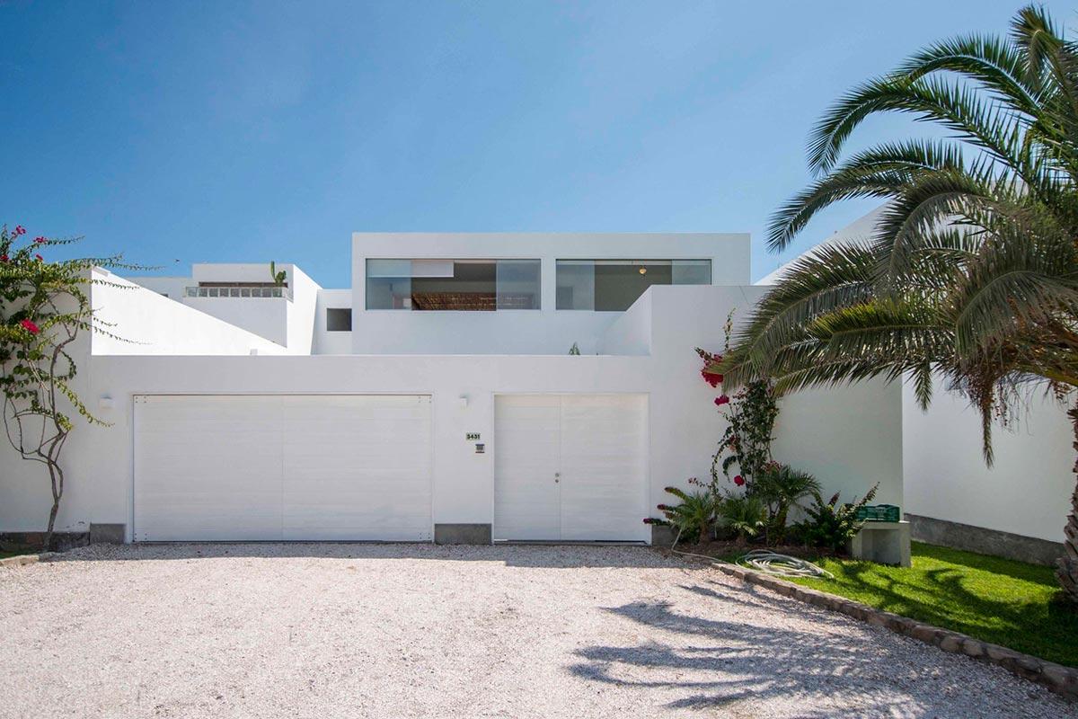 Частный дом Panda от студии DA-LAB на пляже