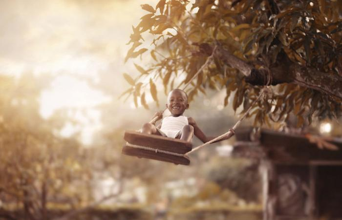 Счастливые мгновения из жизни соседских детей