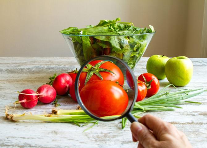 Знакомые продукты на вашем столе, которые могут быть ядовиты