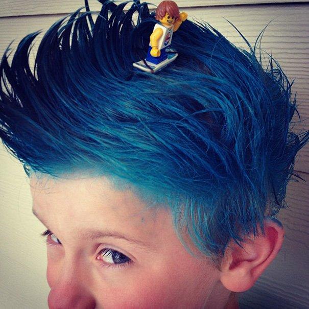 Безумные причёски на День сумасшедших волос