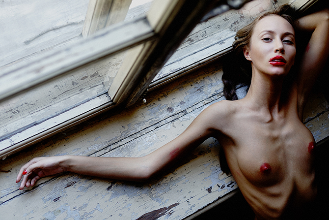 Элегантные ню фотографии от Дмитрия Чапалы