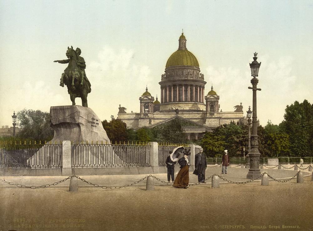 Фотографии дореволюционного Петербурга в цвете