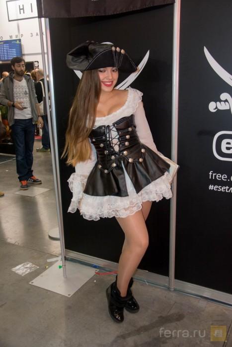 Красивые девушки на фестивалях ИгроМир 2015 и Comic Con Russia