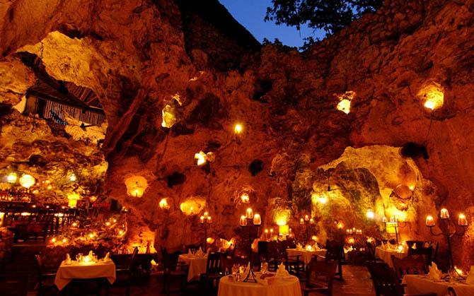 12 удивительных ресторанов, в нереально красивых местах