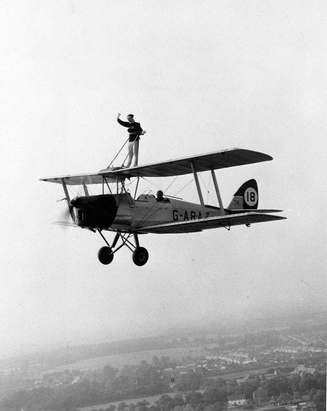 Ходоки по крыльям самолетов в 1919-1982 годы