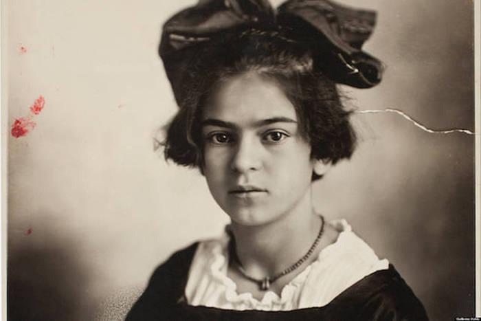 Знаменитости в молодости на фотографиях