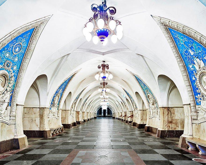 Красота станций московского метро от Дэвида Бурдени