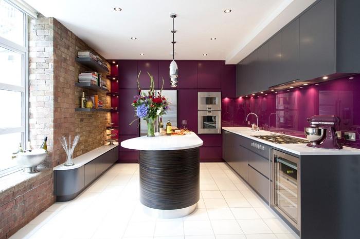 18 ярких кухонных оттенков, которые разрушат монотонность в доме