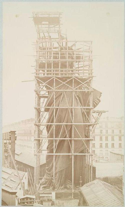 Процесс строительства статуи Свободы