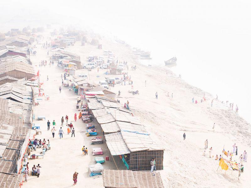 Туманные фотографии реки Ганг