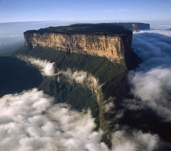 Красивые и удивительные места, о существовании которых мало кто знает