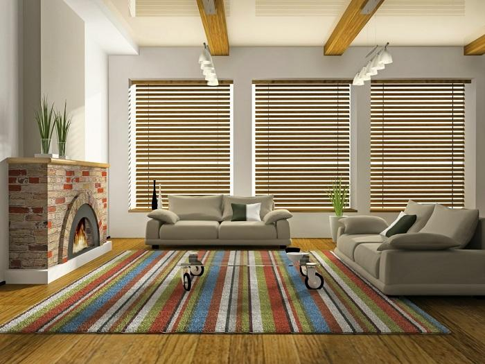 Яркие разноцветные коврики на полу для отличного настроения