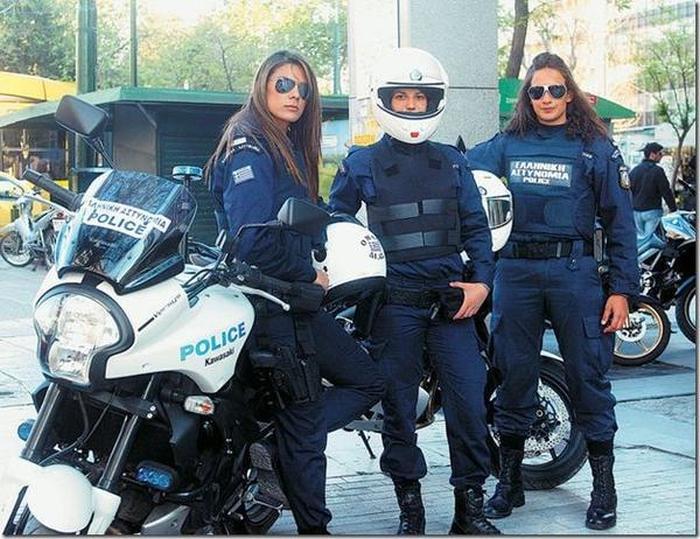Женщины-полицейские из разных стран