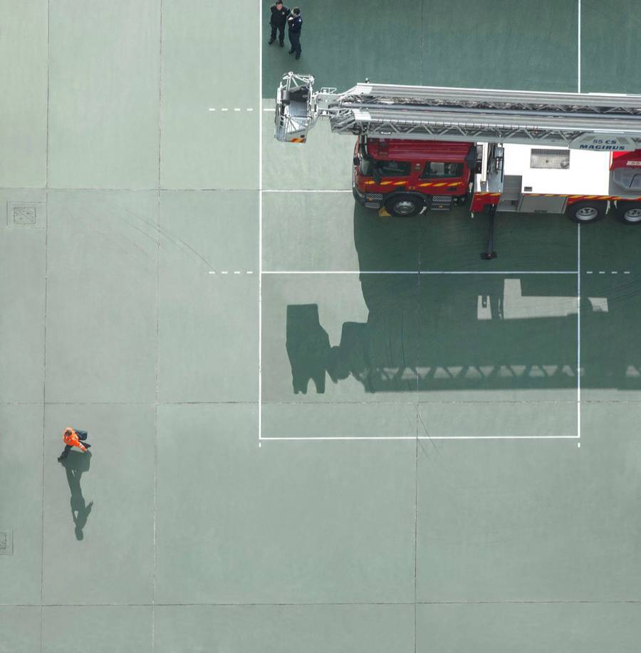 Будни пожарных из Гонконга с высоты птичьего полета