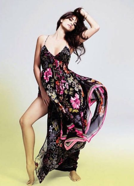 Великолепная Моника Крус, младшая сестра актрисы Пенелопы Крус