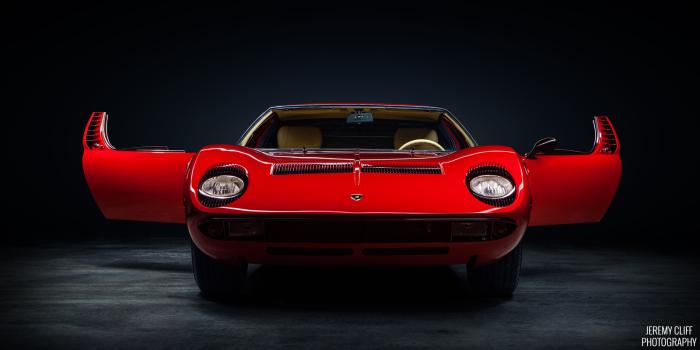 Подборка красивых классических и современных автомобилей
