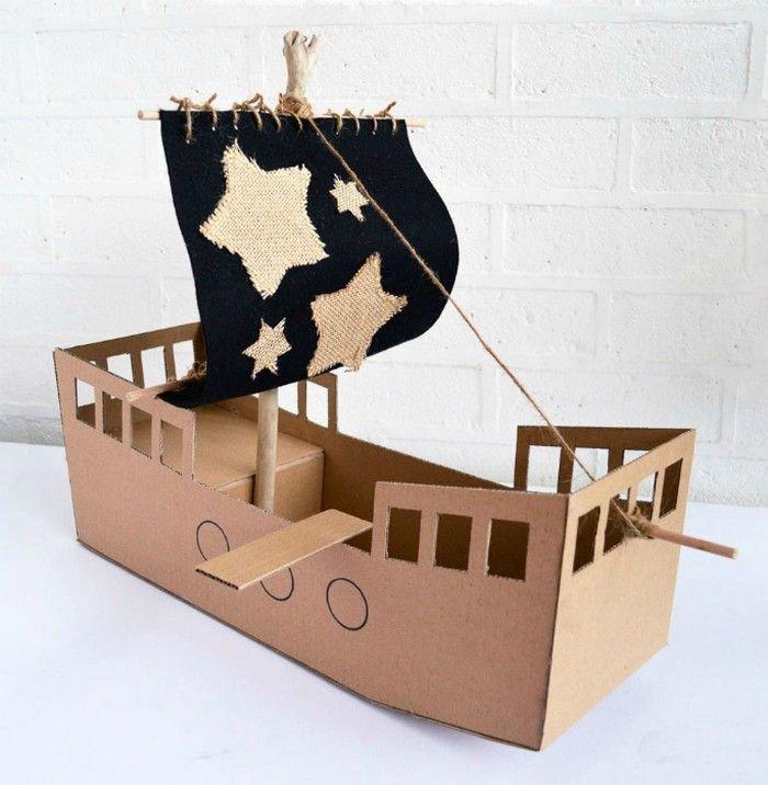 Как сделать оригинальные игрушки для детей из картона