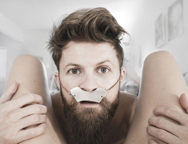 Хипстерский протектор для усов