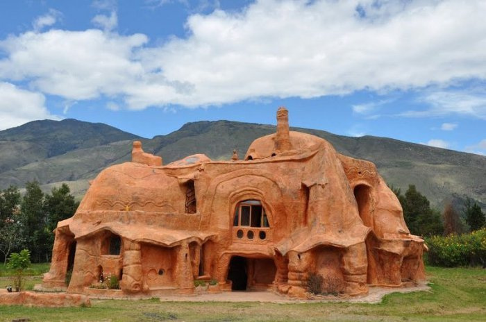 Терракотовый дом в Колумбии