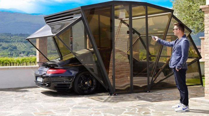 Прозрачный компактный гараж