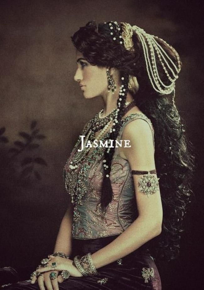 Если бы диснеевских принцесс снимали модные фотографы