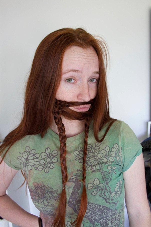 Когда девушки заплетают волосы в бороды