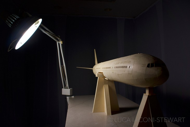 Модель Боинга 777 из бумаги