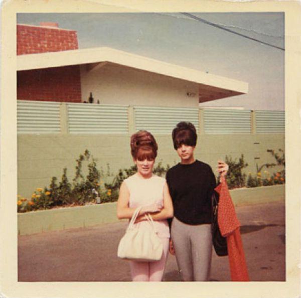 Гигантские прически 60-х годов прошлого века