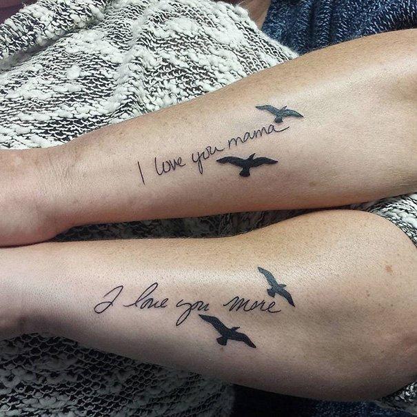 Парные татуировки для мам и дочерей