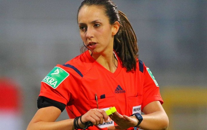 Самые красивые женщины-судьи из мира футбола