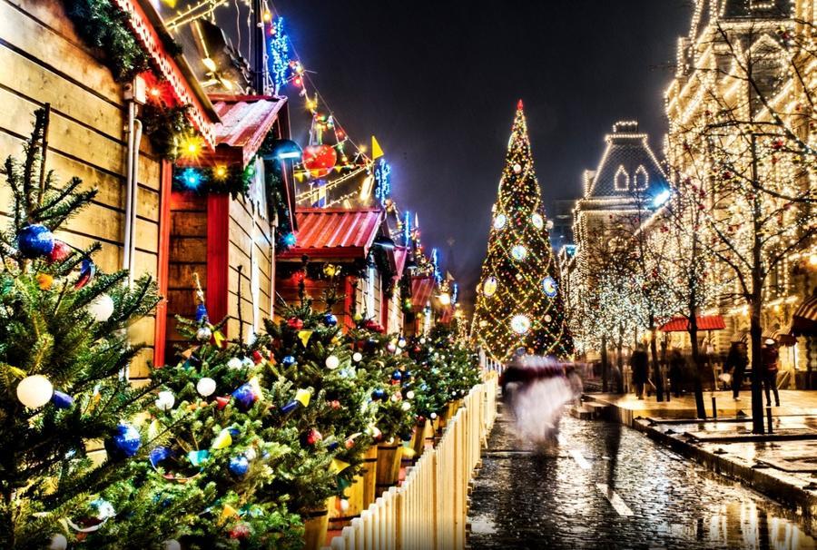 Праздничная городская иллюминация из разных стран