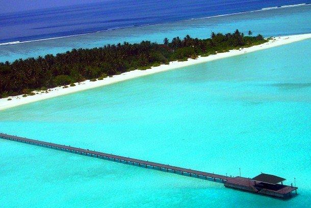 25 самых потрясающих атоллов в мире