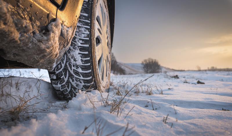 Что нужно иметь в автомобиле зимой на случай аварийных ситуаций