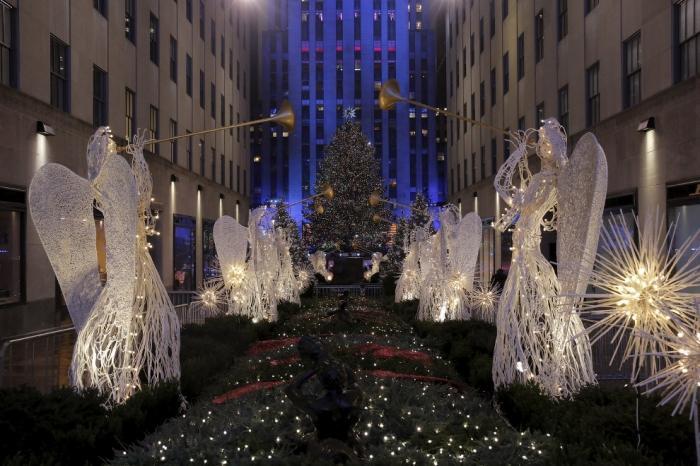 Новогодние ёлки в разных странах мира