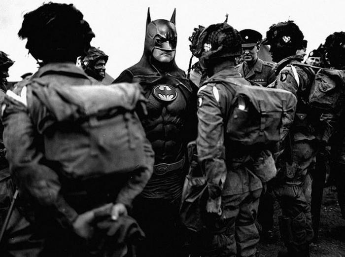 Супергерои на исторических фотографиях от Agan Harahap