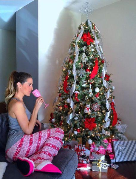 Как актрисы фильмов для взрослых встретили Рождество