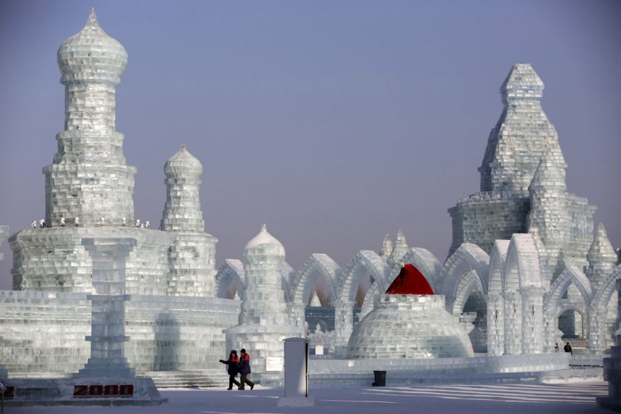 Как проходит международный фестиваль льда и снега в Харбине