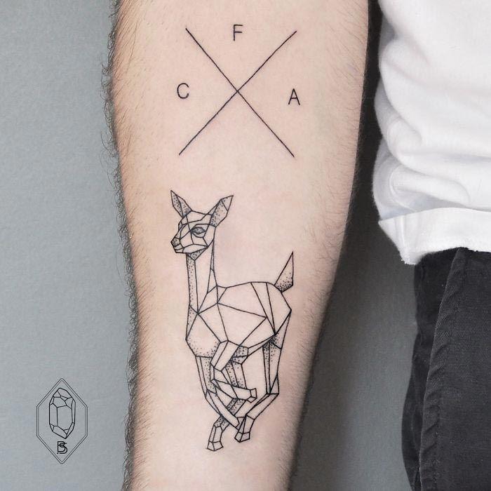 Геометрические татуировки от Бикем Синик