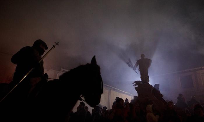 Старинный фестиваль Las Luminarias в Испании