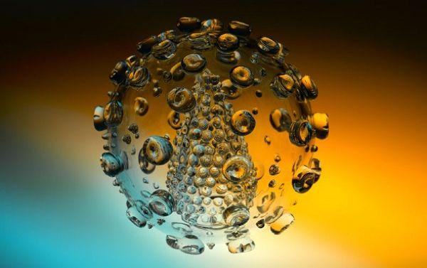 Стеклянные скульптуры смертельных вирусов