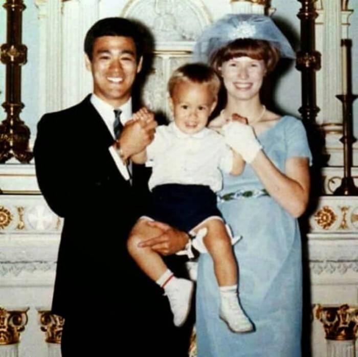 Фотографии из семейного архива Брюса Ли