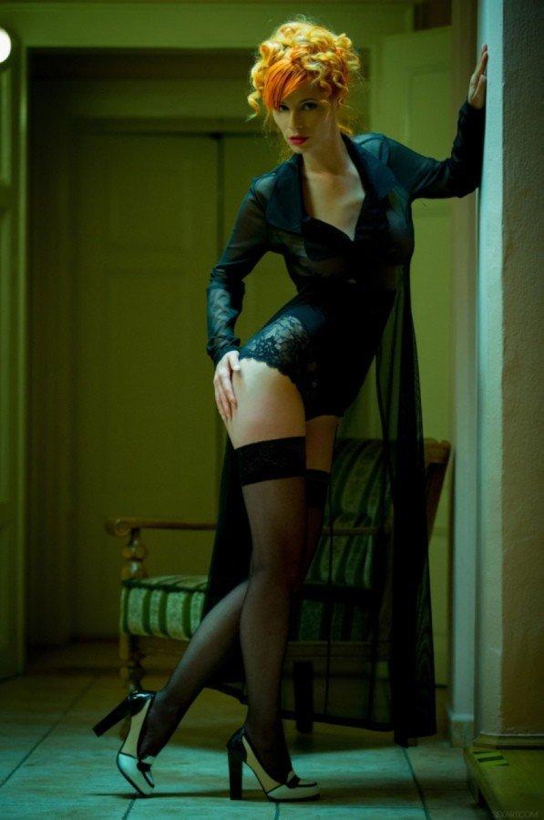 Красивые девушки с отличными ногами