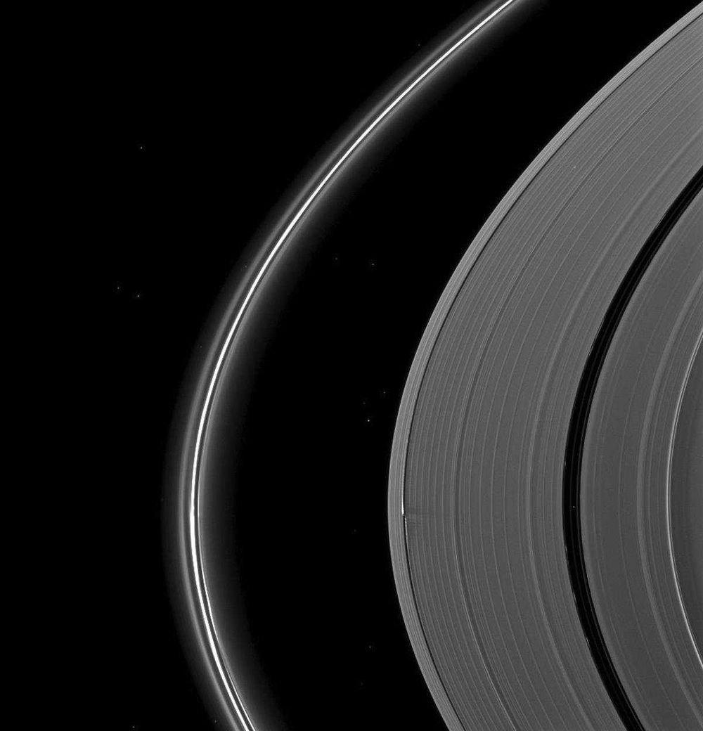 Потрясающие фотографии Сатурна