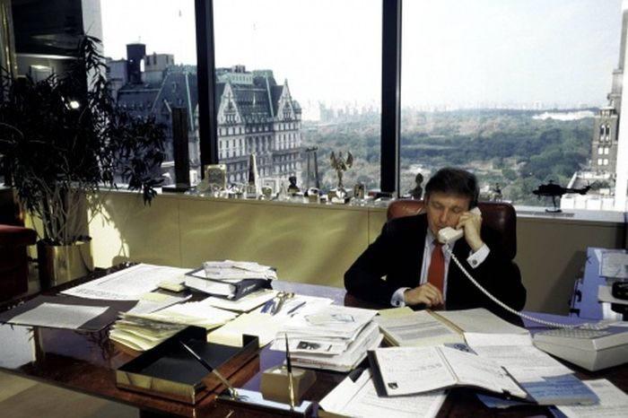 Зарубежные и отечественные знаменитости и политики в необычной обстановке