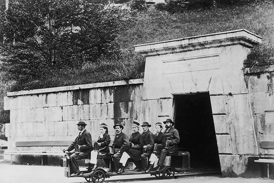 Как путешествовали по миру 100 лет назад
