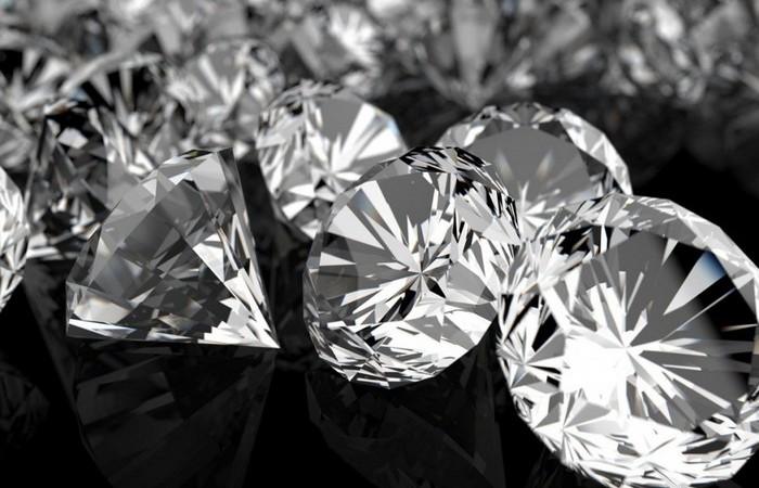 20 невероятных фактов о бриллиантах